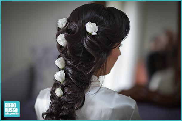 foto sposa - foto acconciatura sposa - foto acconciatura sposa con decorazioni floreali - foto alle nozze - foto al matrimonio