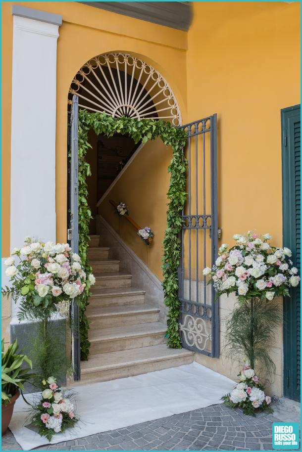 foto addobbi uscita di casa sposa - foto fiori per uscita di casa - foto fiori casa sposa